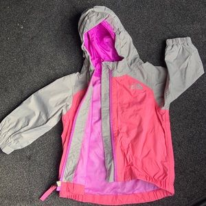the NORTH FACE TODDLER JACKET 💕 ❄️